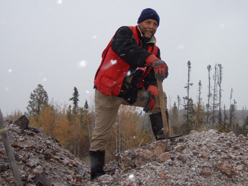 Avalon's Senior Geologist Chris Pedersen overlooks the T Zone at the Nechalacho Project, Thor Lake, NWT